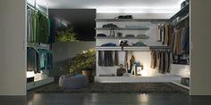 Il sistema Abacus porta l'estetica del vetro Rimadesio verso nuove possibilità di interpretazione con elementi orizzontali di minimo spessore e dal massimo rigore geometrico. Un progetto che anche dal punto di vista illuminotecnico è in grado di coniugare funzionalità e mood, grazie al sistema di illuminazione integrato nella parte superiore dei pannelli a muro, che si affianca alle lampade a led delle mensole. Il sistema è formato da una pannellatura a parete sulla quale si agganciano…