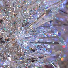 Inspirational iphone wallpaper glitter 43 ideas for 2019 Swarovski Crystal World, Swarovski Crystals, Ice Crystals, Cute Wallpapers, Wallpaper Backgrounds, Glitter Wallpaper, Iphone Backgrounds, Iphone Wallpapers, Trendy Wallpaper