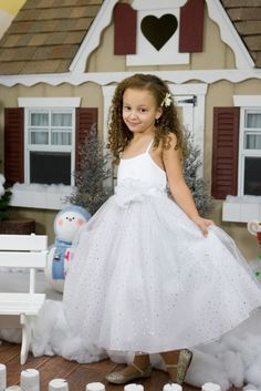 Visit our online store to find a massive range of flower girl dresses, Communion dresses, & pageant dresses in premium quality. Pretty Flower Girl Dresses, Flower Dresses, Cute Dresses, Toddler Dress, Baby Dress, Girls Special Occasion Dresses, Ballerina Dress, Communion Dresses, Affordable Dresses