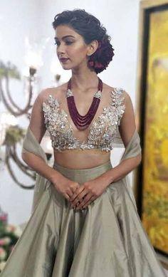 Indian Bridal Lehenga, Indian Bridal Fashion, Indian Wedding Outfits, Indian Outfits, Latest Indian Fashion Trends, Ethnic Fashion, Indian Designer Outfits, Designer Dresses, Manish Malhotra Bridal
