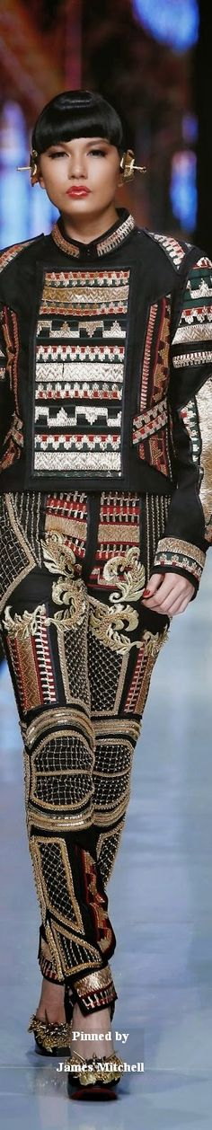Galore Haute Couture 2014 Collection By Priyo Oktaviano