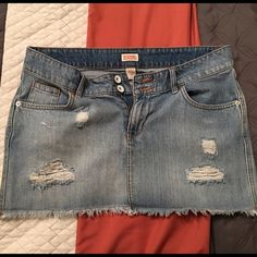 """Mossimo Jean skirt """"distressed"""" - juniors size 13 Mossimo Jean skirt """"distressed"""" - juniors size 13 - light blue. Sits lower on the waist. Pre-owned but in great condition. Mossimo Supply Co Skirts Mini"""