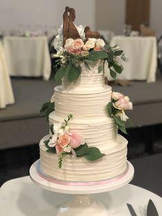 Amanda Bradford, Wedding Cakes With Flowers, Floral Design, Desserts, Food, Tailgate Desserts, Deserts, Floral Patterns, Essen