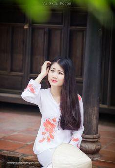 thôn nữ xinh đẹp với áo bà ba