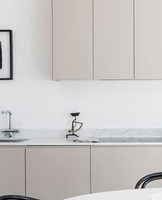 Natural Home Decor .Natural Home Decor Easy Home Decor, Home Decor Kitchen, Kitchen Interior, Home Kitchens, Kitchen Furniture, Modern Kitchens, Home Design, Küchen Design, Modern Interior Design