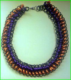 DIY Collar hecho a mano de cadenas e hilo de cola de raton