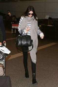 Kendall Jenner travel outfit