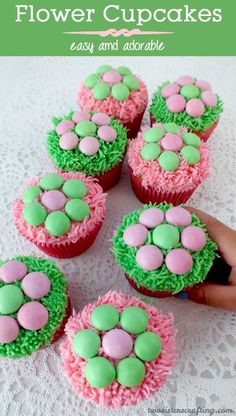 Flower Cupcakes - pretty, easy and delicious.  A great dessert for Mother's Day, Easter, Sunday Brunch, Baby Showers or Birthday parties.  And so easy that kids can do the decorating!