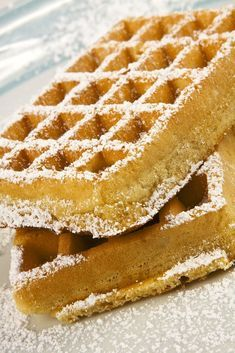 Technique for making waffles Breakfast Waffle Recipes, Breakfast Waffles, Savory Breakfast, Pancakes, Air Fryer Sweet Potato Fries, How To Make Waffles, Making Waffles, Donuts, Grilled Vegetables