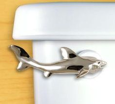 BOY'S BATHROOM, DETAILS: This playful yet elegant Shark Toilet Flush Handle is a clever and expressive way to add a little natural flair to any bathroom's look or decor. Shark Bathroom, Bathroom Toilets, Bathroom Kids, Kids Bath, Mermaid Bathroom, Beach Condo, Beach House Decor, Flush Toilet, Beach Bathrooms