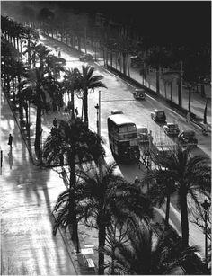Passeig de Colón, Barcelona, 1950's #Fotografía Francesc Català Roca @Qomomolo