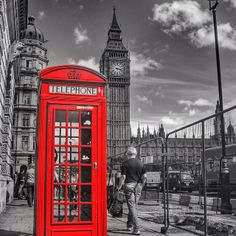 A splash of color in London. Photo courtesy of mthiessen on Instagram.