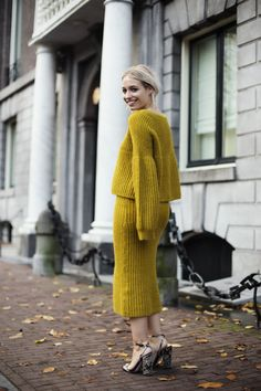 Yellow. It's not exactly a shade I reach for on a daily base – although this mustard hue is huge...