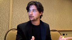 Interview With Thomas McDonell of The CW's The 100 at Comic-Con 2013 Thomas Mcdonell, The Cw, Attractive Men, Singer, Celebs, Actors, Guys, Comics, Group Interview