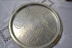 Vintage Hammered Aluminum Tray Farberware Wrought by PanchosPorch Aluminum Tray, So Creative, Leaf Design, Brooklyn, Personalized Items, Stuff To Buy, Vintage, Etsy, Vintage Comics