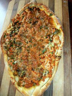 Lhmacun .... pizza turc