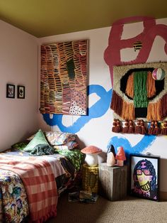 The colourful Point Lonsdale home of Kate and Mal Heppell. Photo – Eve Wilson, production – Lucy Feagins / The Design Files.