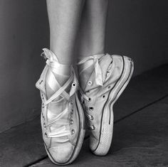 On Pointe in Converse #ballet