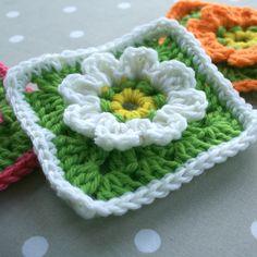 Floral Granny Praça Crochet Pattern - Atualizado - Leonie morgan