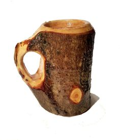 Wood Tankard Bark-On Lathe Turned Maple by KentuckyRootsWood Green Woodworking, Easy Woodworking Projects, Wooden Projects, Wooden Crafts, Scandinavian Mugs, Dad Crafts, Bushcraft, Whittling Wood, Carved Spoons