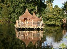 Une nuit sur l'eau au plus proche de la nature et des canards au Domaine des Ormes ! (Bretagne)