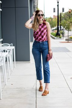 summer fashion idea: pink oversized gingham top + denim crop jeans #ootd #summer #outfit