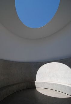 Turrell_Issues & Images of Contemporary Art (all material used for ...