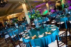 Peacock wedding ideas #wedding #weddingreception