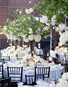 Lush fresh flowers provides the perfect setting for an enchanted, romantic wedding. Check out these 33 super chic and elegant wedding centerpieces and tell us which one do you love the most? Branch Centerpieces, Romantic Wedding Centerpieces, Wedding Flower Arrangements, Wedding Decorations, White Centerpiece, Centerpiece Flowers, Simple Centerpieces, Centerpiece Ideas, Table Decorations
