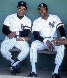 New York Yankees Reggie Jackson and Dave Winfield Negro League Baseball, Baseball Players, Baseball Teams, Baseball Stuff, Mlb Teams, Soccer Jerseys, New York Yankees Baseball, Yankees Fan, Baseball Wall