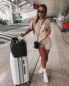Spring /Summer outfits 5 Ways To Style Biker Shorts Airport outfit Airport outfit summer Biker Outfits Shorts Spring Style summer Ways Sporty Outfits, Swag Outfits, Cute Casual Outfits, Stylish Outfits, Fashion Outfits, Miami Outfits, Fashion Hacks, Work Outfits, Ibiza Outfits