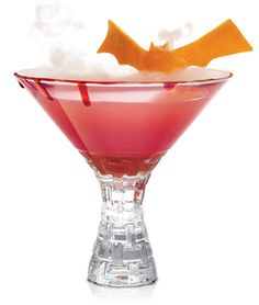 Dracula's Kiss:  1-1/2 ounces SKYY Infusions Blood Orange 1-1/2 ounces blueberry pomegranate juice 1 ounce blood orange puree 1/2 ounce lemon juice 1/2 ounce simple syrup #Drinks #Cocktail