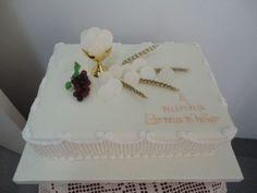 Resultado de imagen para bolos primeira comunhão meninos Communion Hairstyles, First Communion Cakes, Key West Wedding, Cake Decorating Tips, Celebration Cakes, Macarons, Christening, Cake Toppers, Fondant