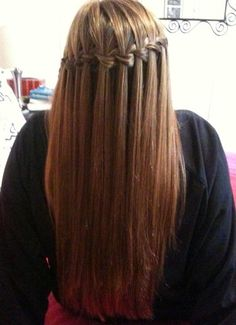 I love waterfall braids they are so pretty!!!