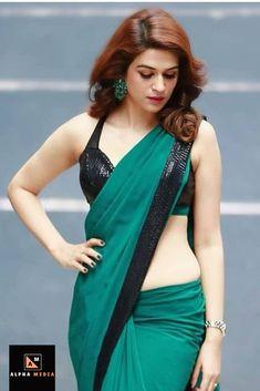 Bollywood Actress Hot Photos, Beautiful Bollywood Actress, Beautiful Girl Indian, Beautiful Saree, Indian Bridal Photos, Saree Photoshoot, Saree Models, Saree Look, Beauty Full Girl