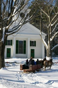 Christmas at Sturbridge Village, Sturbridge, Mass. Christmas Events, Christmas Villages, Sturbridge Village, Colonial America, Church Building, New Hampshire, Rhode Island, Cool Places To Visit, East Coast