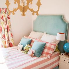 Cuckoo 4 Design: DIY headboard tutorial with individual brass nails. Cute color scheme-----to recover kennedis headboard Diy Fabric Headboard, Diy Headboards, Headboard Ideas, Homemade Headboards, Queen Headboard, Girl Room, Girls Bedroom, Bedroom Decor, Do It Yourself Furniture