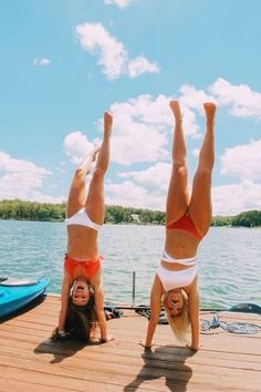 Pin by avery on sleepover ideas bff pictures, friend pictures, summer Bff Pics, Cute Friend Pictures, Friend Pics, Friend Goals, Best Friend Fotos, Shotting Photo, Best Friend Photography, Summer Goals, Summer Fun