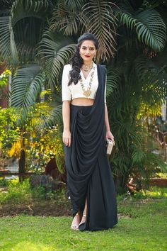 Don't go for the cliched saree styles this season - These latest saree trends are just what you need to slay and revamp your style. Saree Draping Styles, Saree Styles, Salwar Designs, Saree Blouse Designs, Saree Gown, Lehenga Choli, Dhoti Saree, Salwar Kameez, Indowestern Saree