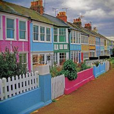 Whitstable: Cottages (County of Kent UK) by steffanmacmillan, via Flickr