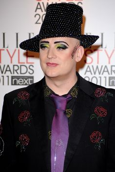 Boy George - Eye makeup! <333