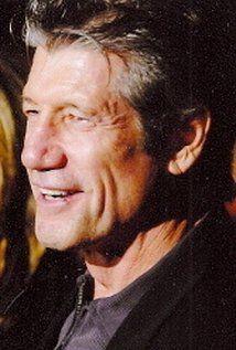 Fred Ward - IMDb