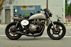 Custom 1982 Suzuki GS750 Bratstyle #motorcycles #bratstyle #motos | caferacerpasion.com