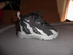 bee13a93b4 90 Best Nothin' But Nike! images | Athletic Shoes, Nike boots, Nike shoe