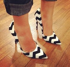 Wavy Black White High Heel Shoes Summer Arrivals