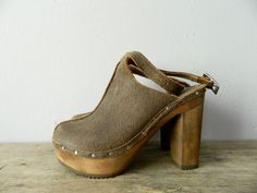 Clogs shoes vintage real leather wood hippie 39 by MrAndMrsWho