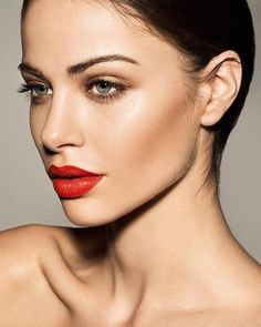 For a dramatic red lip try fabulus lipstick in Red Fox
