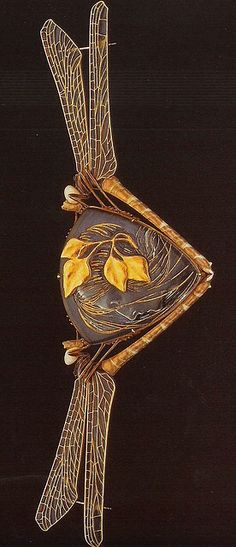 Wood Nymph cloak clasp by Rene Lalique, 1904-05. Gold, glass, enamel   The Jewels of Lalique by Yvonne Brunhammer, published by Flammarion, 1998