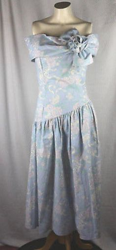 Classic 60s Collection greydark green floral satin gorgeous skirt