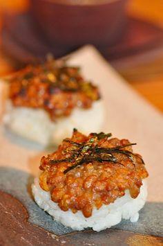 納豆と味噌の焼きおにぎり